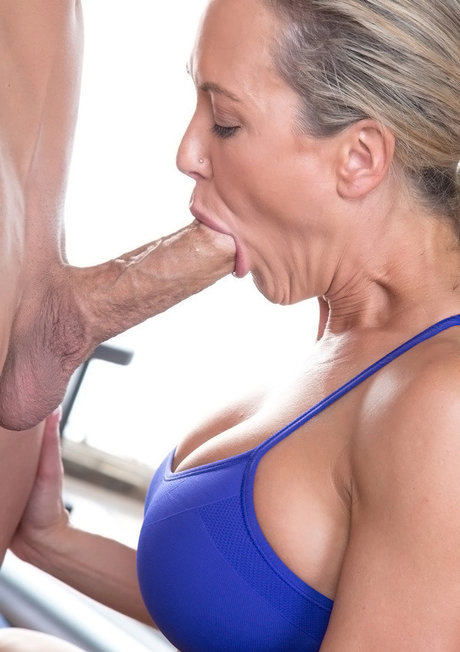 Ashley Fires & Brandi Love give back to back blowjobs in yoga wear